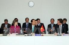Thủ tướng đề nghị quốc tế hợp tác phát triển bền vững ĐBSCL