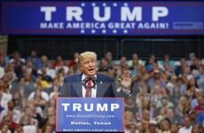 Hơn 100.000 chữ ký ủng hộ cấm tỷ phú Donald Trump tới Anh