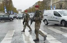 Pháp bắt giữ ba nghi can liên quan các vụ khủng bố Paris