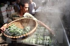 [Photo] Làng nghề bánh chưng Tranh Khúc sôi động phục vụ Tết