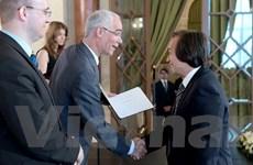 Hungary phong hàm giáo sư cho một nhà khoa học Việt Nam