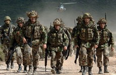 Tư lệnh NATO thăm Estonia thảo luận việc triển khai lực lượng