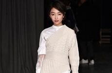 Song Hye Kyo, Châu Đông Vũ đọ sắc cùng sao Hollywood tại London