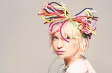 Sia - Cô ca sỹ giấu gương mặt sau mái tóc bạch kim