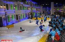 Nhiều hoạt động vui chơi mới lạ ở thị trấn tuyết trong lòng Sài Gòn