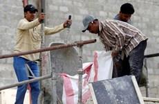 Người châu Á làm thuê cho giới chủ Qatar bị mắc kẹt tại Saudi Arabia