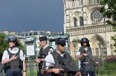 Tổng thống Pháp sẽ sớm dỡ bỏ tình trạng khẩn cấp vào mùa Thu