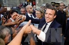 WikiLeaks đăng thư tín bí mật của Tổng thống Pháp trong khi tranh cử