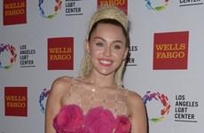 Nữ ca sỹ Miley Cyrus giành giải đặc biệt tại Teen Choice Awards