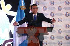 Guatemala bác đề nghị tước quyền miễn trừ với Tổng thống Morales