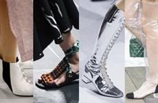 Bắt sóng những đôi giày gây bão trên sàn diễn Xuân Hè 2018
