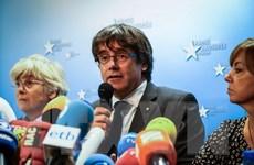 Công tố đề nghị bắt giam 8 thành viên của chính quyền cũ ở Catalonia