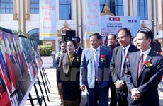 [Video] Trưng bày tư liệu quý về quan hệ Việt-Lào tại Vientiane