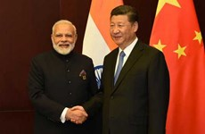 Chủ tịch Trung Quốc Tập Cận Bình điện đàm với Thủ tướng Ấn Độ