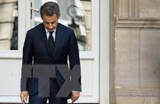 [Video] Cựu Tổng thống Pháp hầu tòa với cáo buộc lạm dụng chức vụ