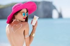 Nên thoa kem chống nắng trước hay sau kem dưỡng ẩm?