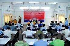Hỗ trợ Lào nâng nghiệp vụ hình ảnh hóa thông tin cho báo điện tử