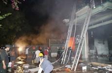 [Photo] Cháy lớn thiêu rụi kho hàng điện máy ở Ninh Thuận