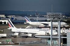 Nhiều hãng hàng không đổi lộ trình bay do lo ngại Syria bị không kích