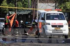 Một bé gái 8 tuổi đi cùng 4 đối tượng đánh bom sở cảnh sát Indonesia