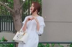 Kỳ Duyên, Mỹ Linh và Hương Giang đọ street style ngập tràn hàng hiệu