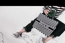 Dior Book Tote - Chiếc túi xách mang theo được cả thế giới