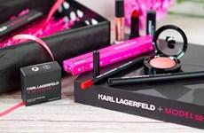 Karl Lagerfeld ra mắt mỹ phẩm mang mô hình thu nhỏ của chính mình