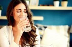 Bí quyết chăm sóc da: Uống đủ nước, đẹp đủ đường!