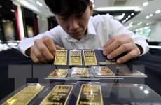 Giá vàng châu Á tăng trước thềm cuộc họp giữa Mỹ và EU
