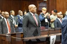 Cựu Tổng thống Nam Phi Zuma trình diện tòa với cáo buộc tham nhũng