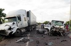 Quang cảnh vụ tai nạn kinh hoàng làm 13 người chết tại Quảng Nam