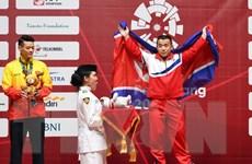 Cử tạ đem về huy chương bạc đầu tiên cho đoàn Thể thao Việt Nam