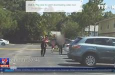 Cảnh sát Mỹ công bố video ghi hình bố mẹ để quên con trong xe ôtô