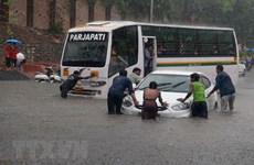 Ấn Độ: Bệnh dịch hoành hành sau lũ lụt khiến ít nhất 12 người chết