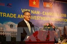 Việt Nam-Campuchia phấn đấu nâng kim ngạch xuất nhập khẩu đạt 5 tỷ USD
