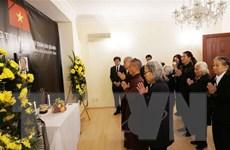 Sứ quán tại Đức, Séc, Hà Lan và Thổ Nhĩ Kỳ tổ chức viếng Chủ tịch nước