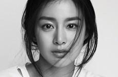 """Trở lại sau sinh con, Kim Tae Hee không muốn làm """"nữ thần Hàn Quốc"""""""