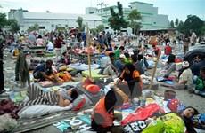 Hơn 62.000 người Indonesia cần phải sơ tán sau động đất, sóng thần