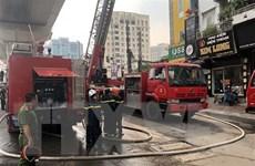 Nghệ An: Hỏa hoạn thiêu rụi 3 gian nhà gỗ lim và nhiều tài sản giá trị