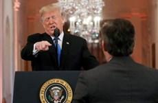 CNN kiện Tổng thống Trump vì cấm phóng viên vào Nhà Trắng