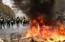 Pháp: Bà Le Pen đổ lỗi cho chính phủ về bạo loạn ở thủ đô Paris