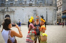 Lượng khách du lịch Mỹ tới Cuba bắt đầu phục hồi so với đầu năm