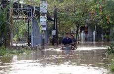 [Video] Quảng Nam: Hàng nghìn ngôi nhà vẫn chìm trong biển nước