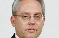 Phụ tá của cựu Chủ tịch Nissan được bảo lãnh tại ngoại