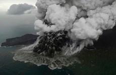 Sóng thần Indonesia: Núi lửa Anak Krakatau thấp đi sau đợt phun trào