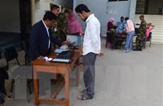 Người dân Bangladesh bắt đầu tham gia cuộc tổng tuyển cử lần thứ 11