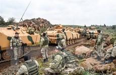Thổ Nhĩ Kỳ cử đặc công và xe thiết giáp tới khu biên giới giáp Syria