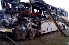 Xe chở đoàn thể thao Bolivia đâm vào hẻm núi, 11 người thiệt mạng