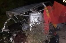 Ấn Độ: Hai ôtô đi ngược chiều đâm nhau khiến ít nhất 12 người tử vong