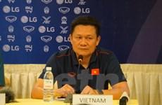 HLV Nguyễn Quốc Tuấn: U22 Việt Nam không e sợ cầu thủ nhập tịch